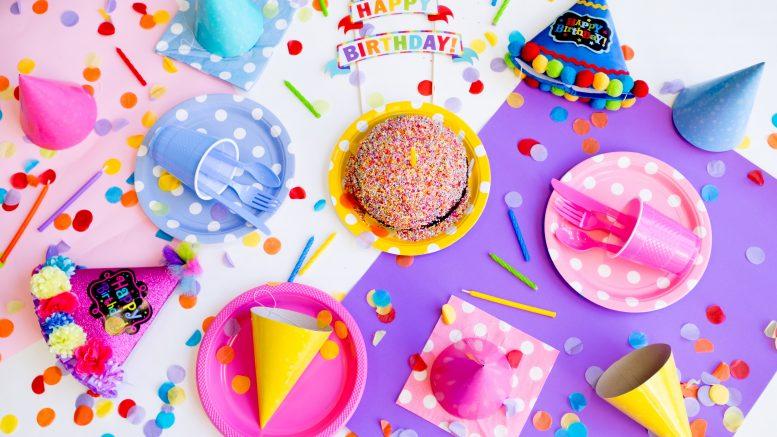 Téléchargez votre carte d'anniversaire facilement sur 1001-carteanniversaire.fr